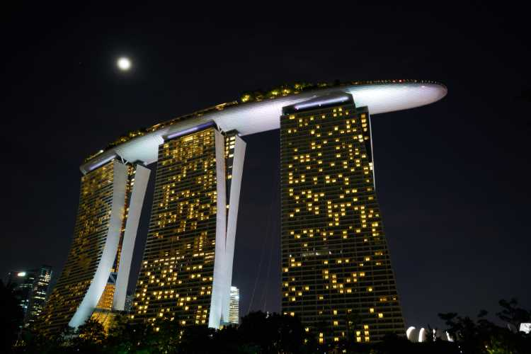Hotel Management Course Online.